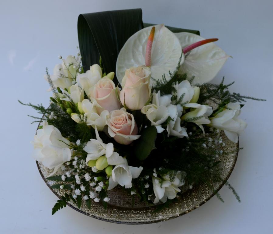 3cdfd67d1 Delicate dish. - Fiori De Berto - Send Flowers to Como Italy to Trieste