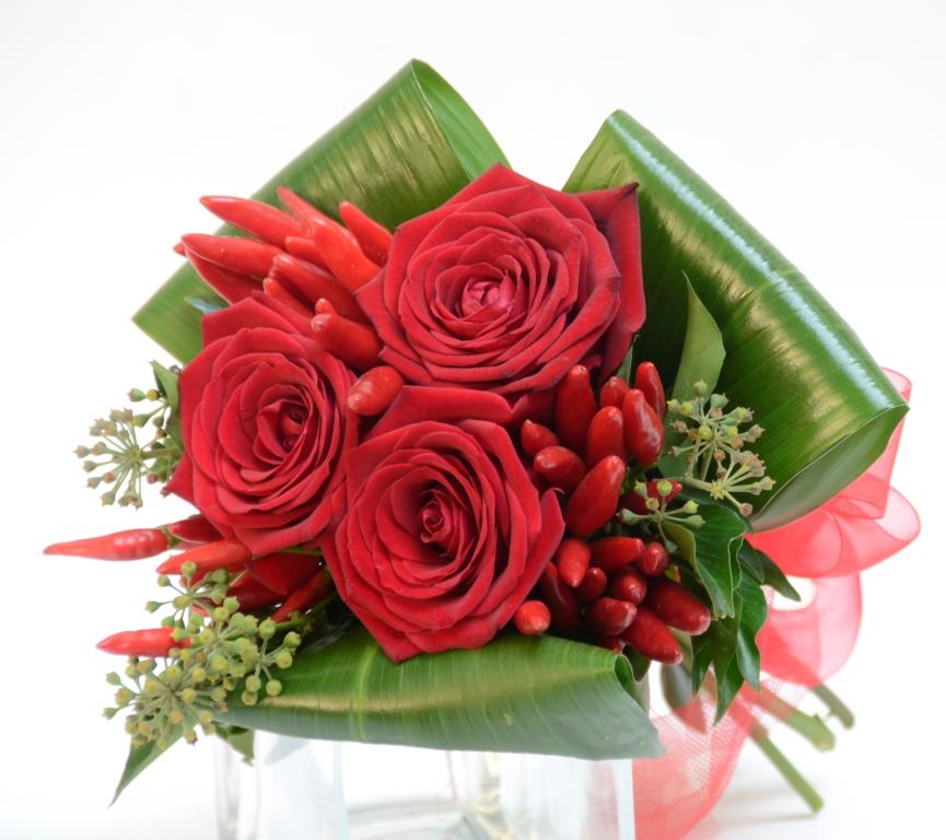 Bouquet piccante fiori de berto consegna fiori a trieste for Disegni e prezzi del mazzo