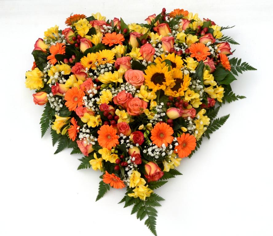 Cuore di fiori misti fiori de berto consegna fiori a - Immagini di fiori tedeschi ...