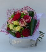 Bouquet con rose harlequin