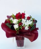 Bouquet rose rosse e fresie